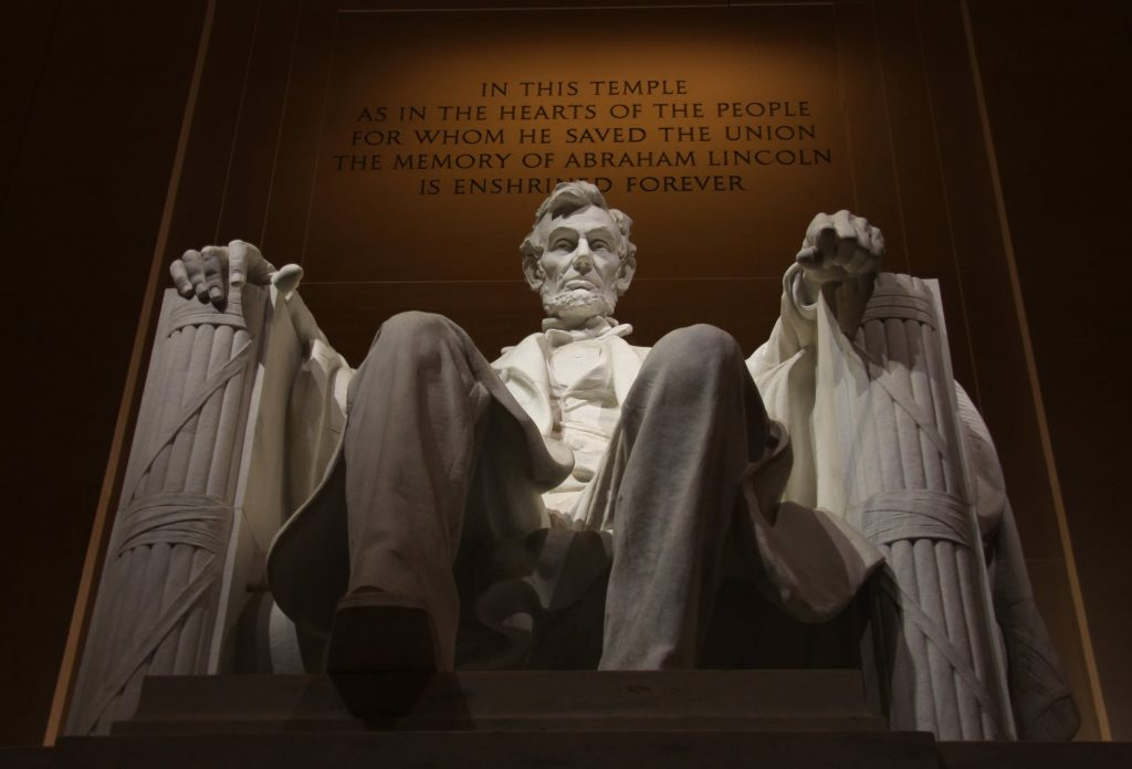 Lincoln Memorial - Monuments in Washington DC